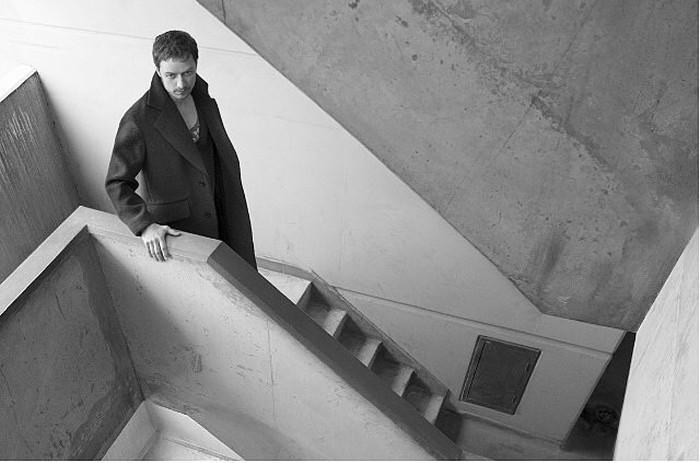 James-McAvoy-Prada-Fall-2014-Mesnwear-Campaign-Tom-Lorenzo-Site-TLO-4