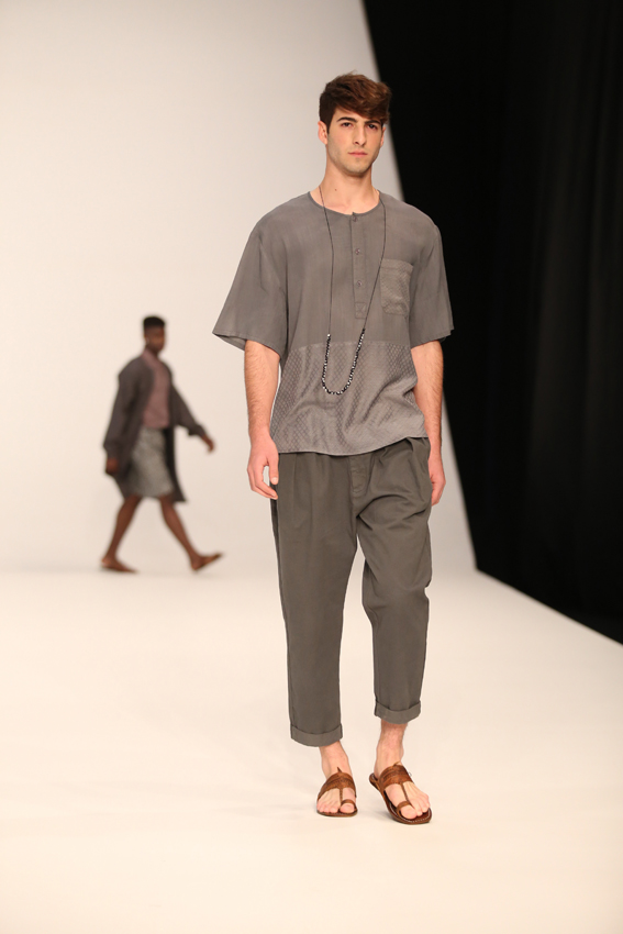 Castro_Runway_Collection_s15_photo_by_Avi_Valdman_m37